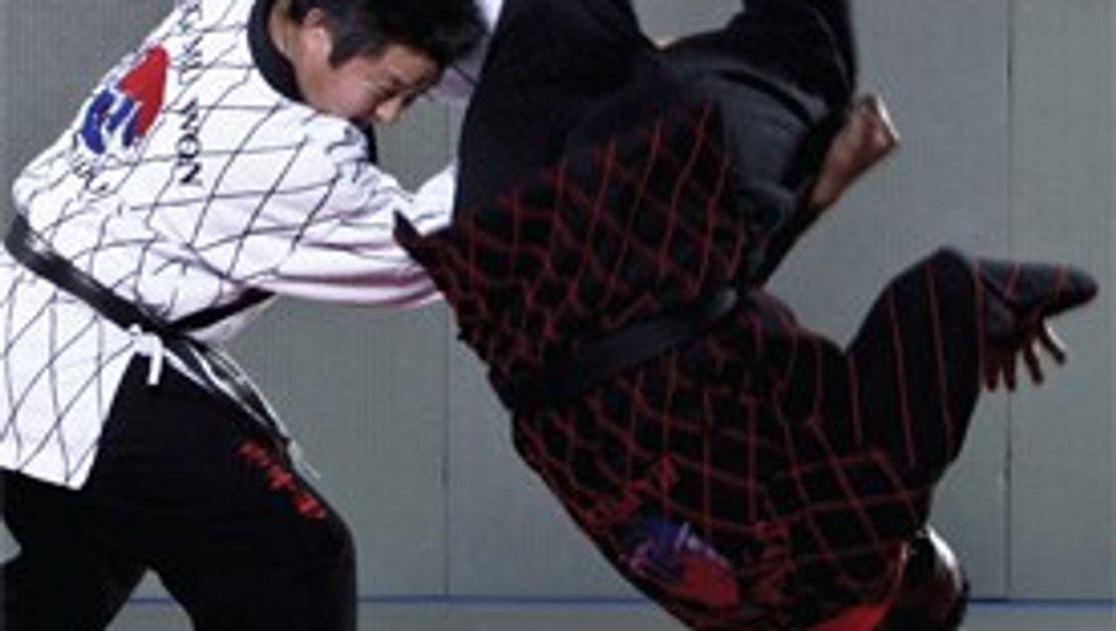 Hapkido Techniques vs. Roundhouse Kicks