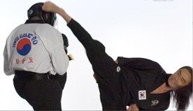 Korean Martial Arts Video: Behind the Scenes of Hwa Rang Do Grandmaster Taejoon Lee's Cover Shoot for Black Belt Magazine