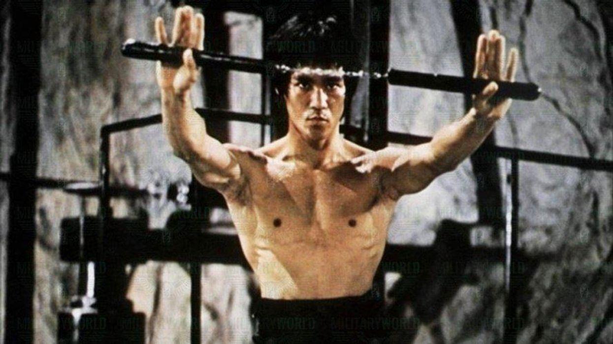 Bruce Lee Nunchaku