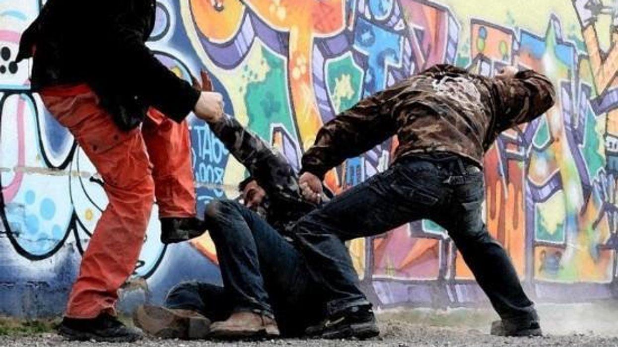 Self Defense Multiple Attackers