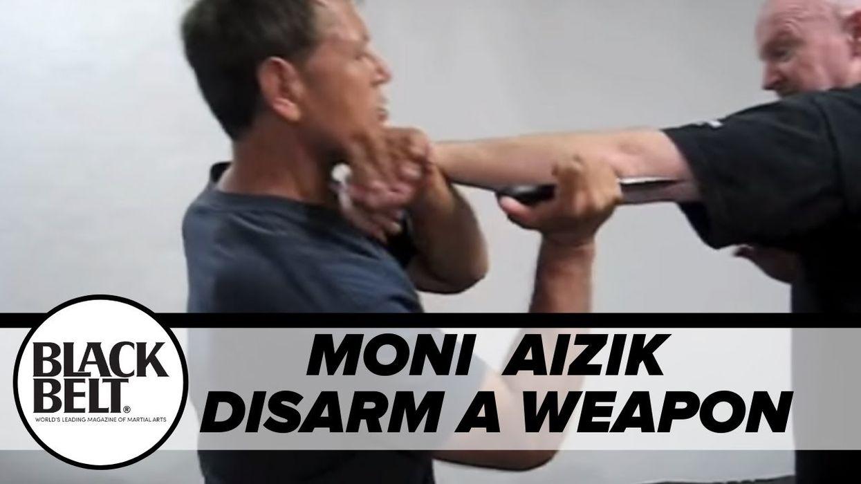 "Moni Aizik Teaches ""The Wiz"" Weapon Disarm"